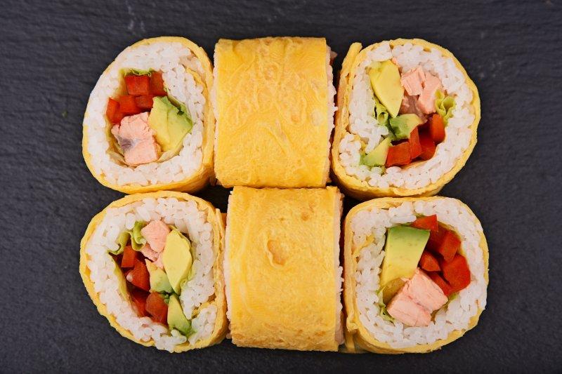 Nagoja giant omelette roll