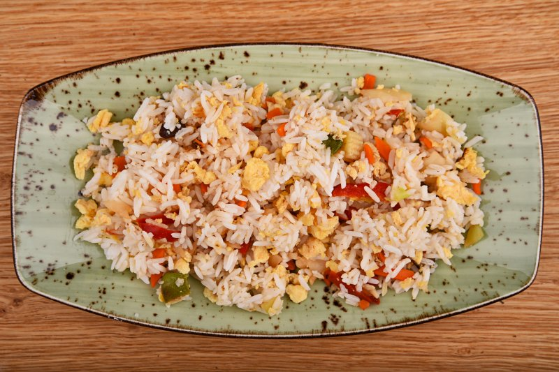 Fried jasmine rice with egg and vegetables