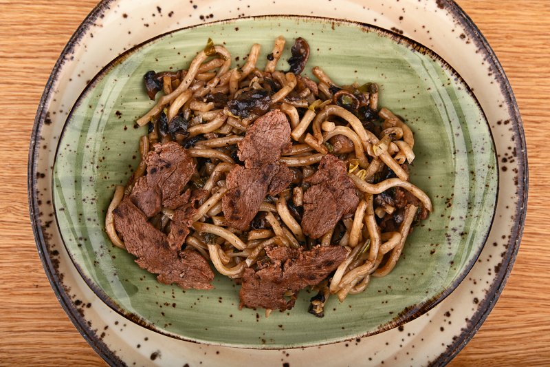 Stir fried Yaki udon noodles with duck breast