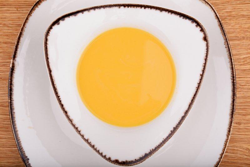 Mango thick soup