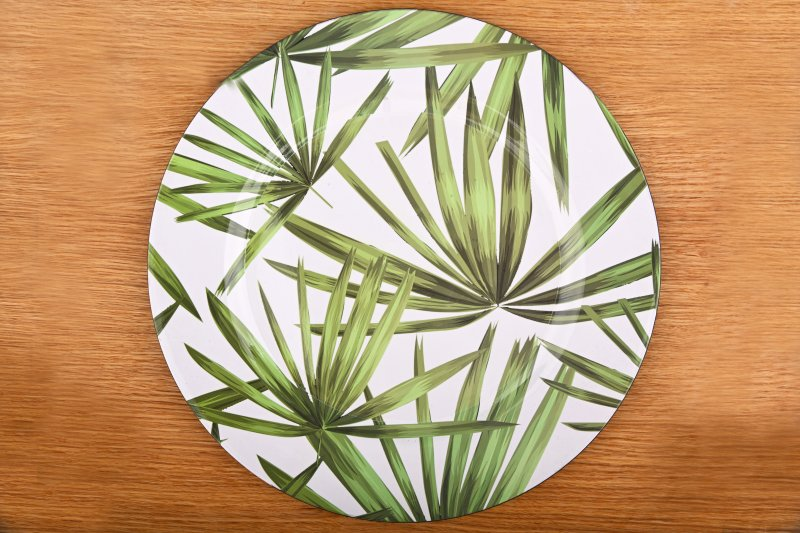 Charger plate with tropical pattern   33 cm
