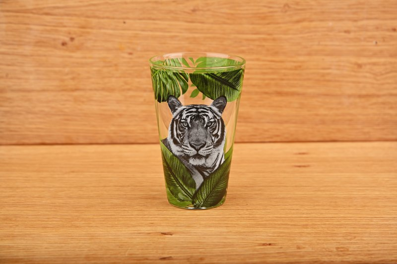 Tumbler with tiger pattern  300 ml