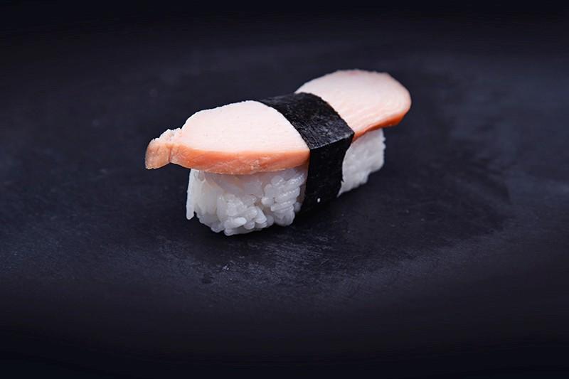 Smoked chicken breast nigiri