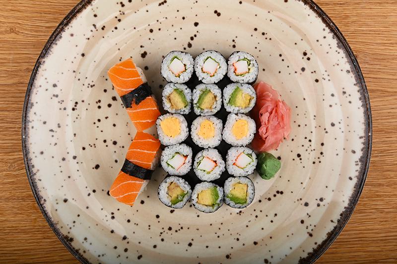 Toshiko vegan box