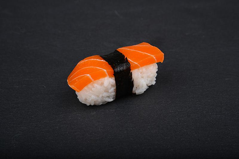 Vegan salmon nigiri
