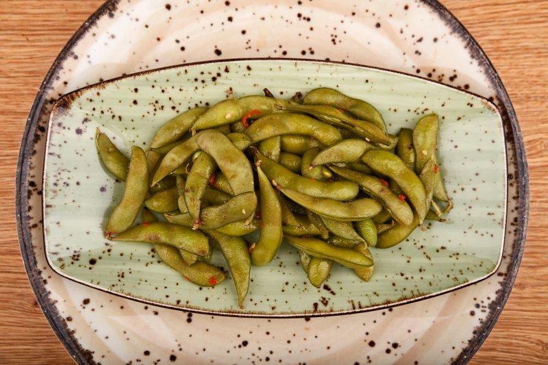Edamame beans with fresh chili