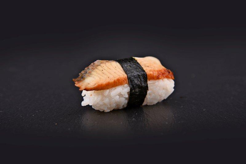 Grilled eel nigiri